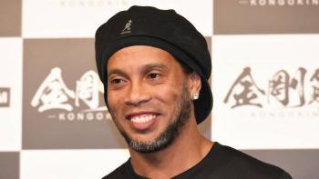 Ronaldinho da positivo a la prueba de Covid-19