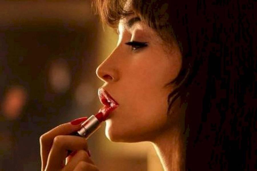 """Netflix revela el trailer oficial y fecha de estreno de """"Selena: la serie"""""""