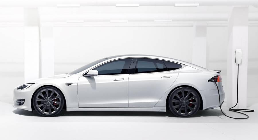 Tesla retira más de 48 mil coches en China por piezas defectuosas