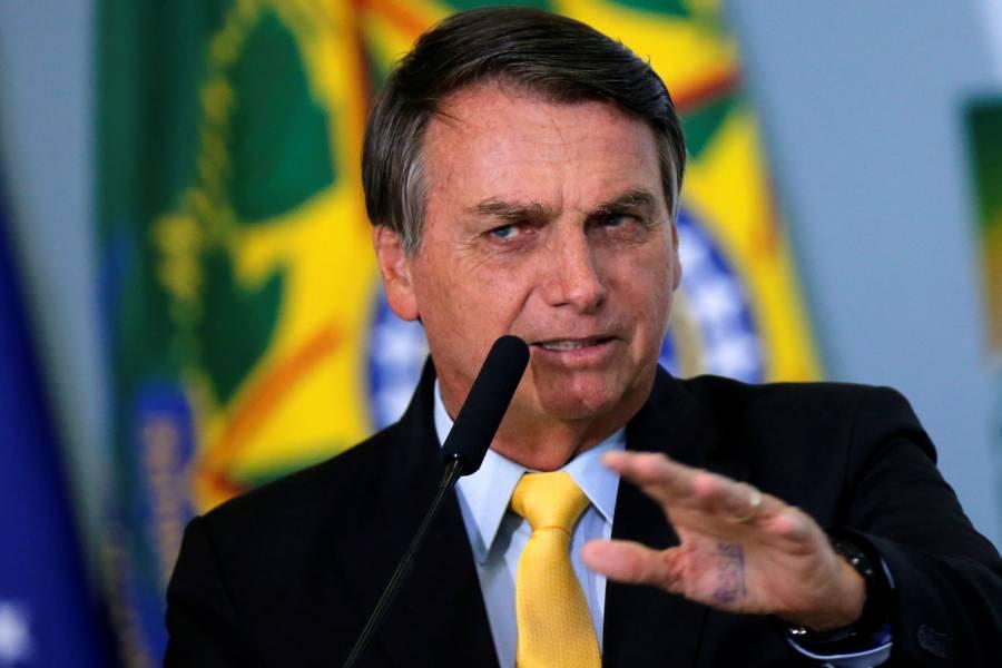 Para salir del COVID-19 se necesita cura, no vacuna, asegura Bolsonaro