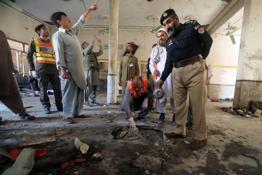 Explosión en escuela de Pakistán deja al menos 8 muertos y 136 heridos