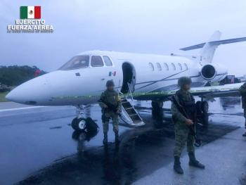 Ejército y Fuerza Aérea aseguraron una aeronave y presunta cocaína en Quintana Roo
