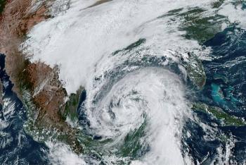 """Zeta"" se intensifica a huracán; se prevé toque tierra en Louisiana, EEUU"