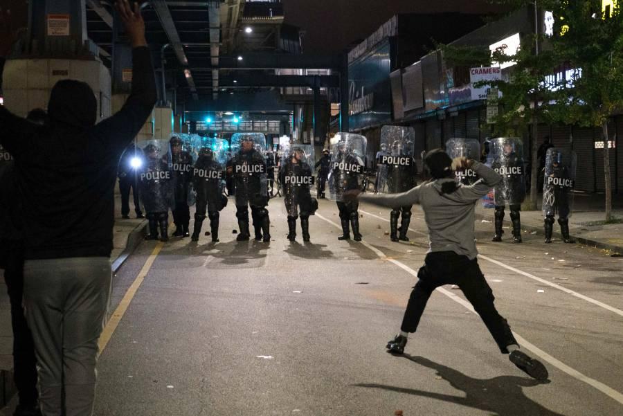 Filadelfia decreta toque de queda  para frenar protesta raciales