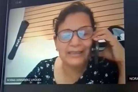 Maestra insulta a alumnos de secundaria en plena clase virtual