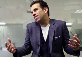 """""""Cometí un error, no me di cuenta del montaje"""": Carlos Loret de Mola sobre caso Florence Cassez"""