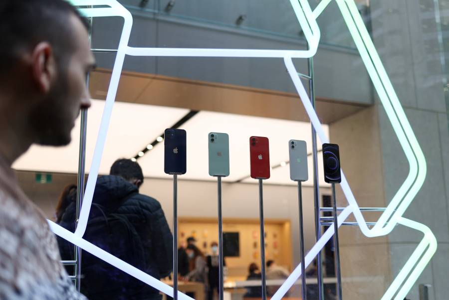 Apple supera previsiones, pero sus acciones bajan por mal venta de iPhone