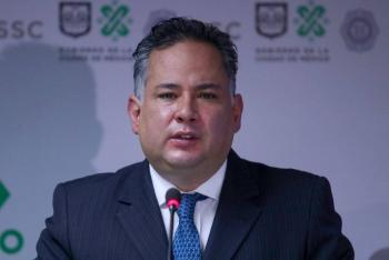 Santiago Nieto permanecerá en la UIF; no se postulará por Querétaro