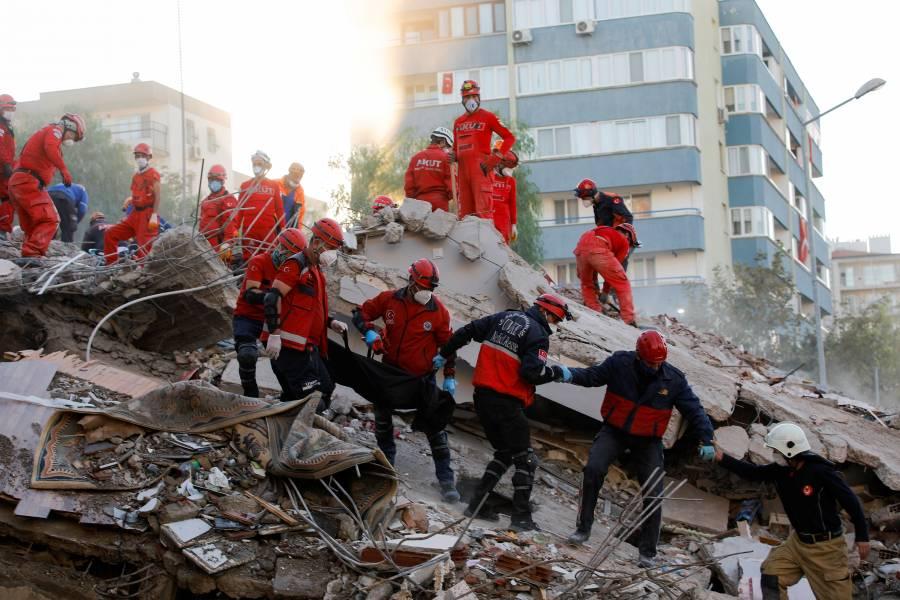 Número de muertos por sismo en Turquía se eleva a 62