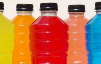 Alertan por presuntas bebidas hidratantes engañosas