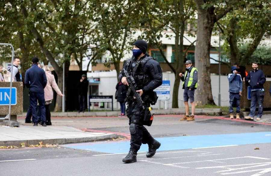 """Reino Unido eleva nivel de alerta a """"severo"""", tras atentados en Austria"""