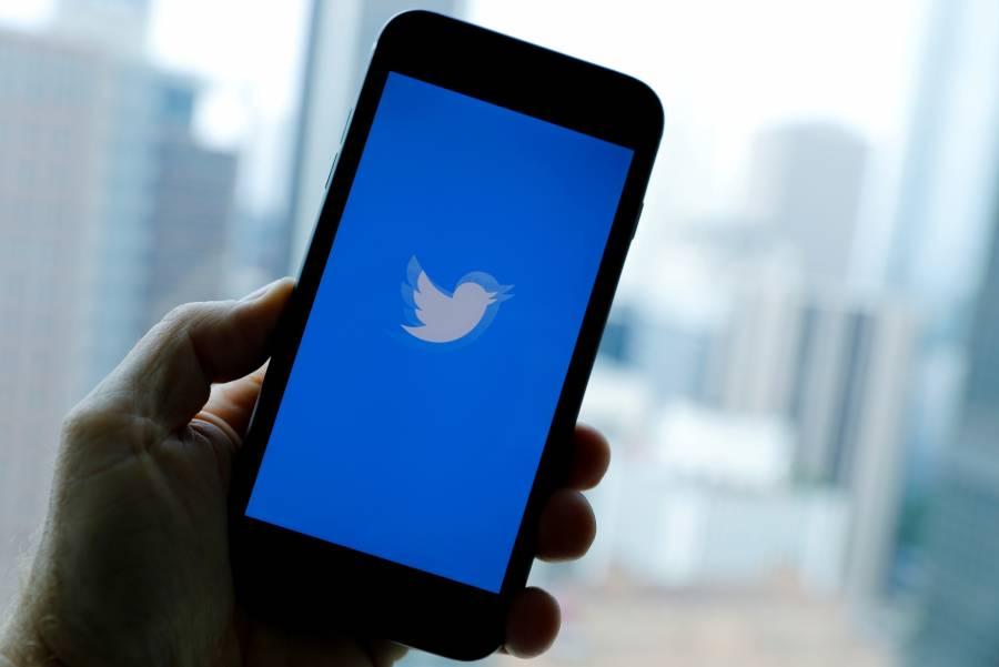 Twitter suspende cuentas de noticias de derecha por violaciones electorales en EEUU