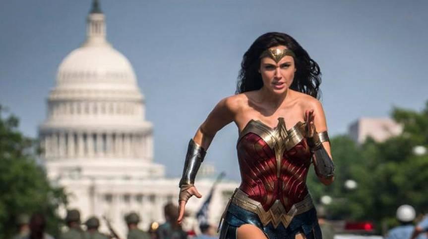 """Warner considera posponer estreno de """"Wonder Woman 1984"""""""