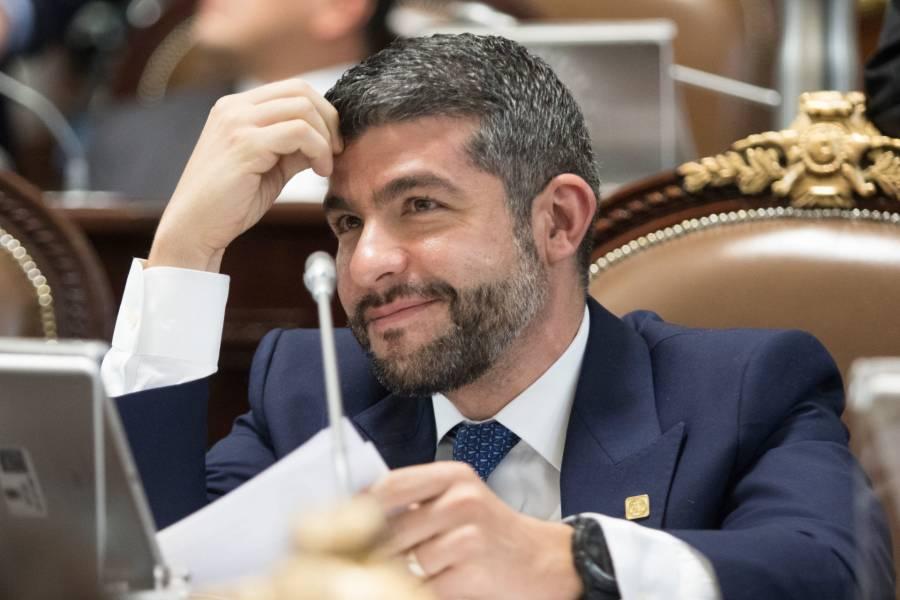 Mauricio Tabe, coordinador del PAN en Congreso de la CDMX, da positivo a Covid-19