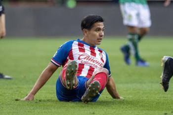 """Chivas dice adiós a Villalpando, """"Gallito"""" Vázquez, """"Chofis"""" y Alexis Peña"""