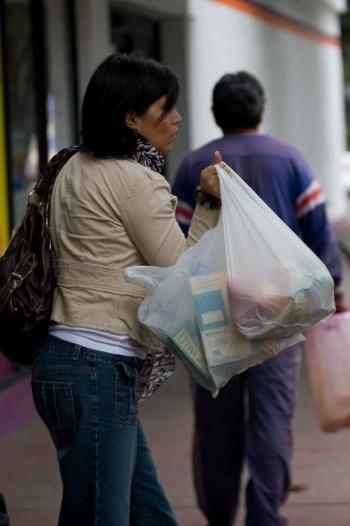 Acaparan los Súper's consumo de hogares, falta de reglas inhibe competencia