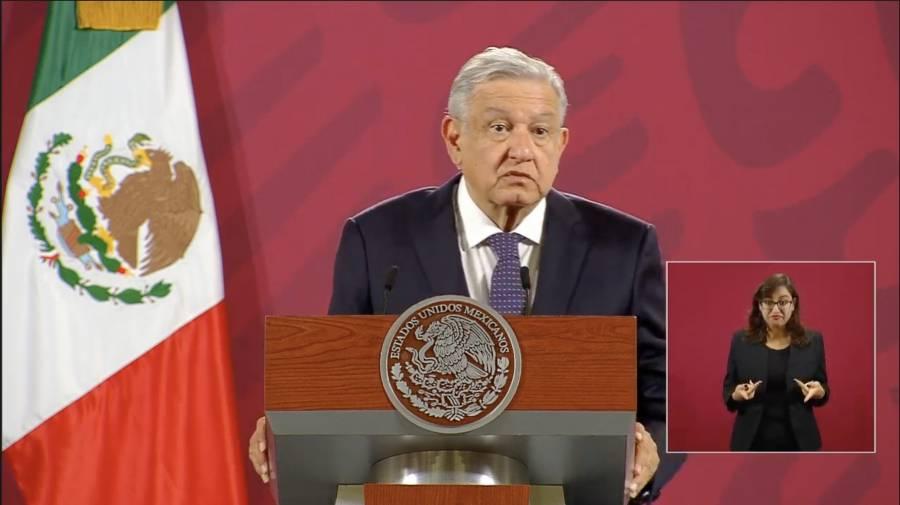 AMLO pone canción de Óscar Chávez para amenizar su conferencia mañanera