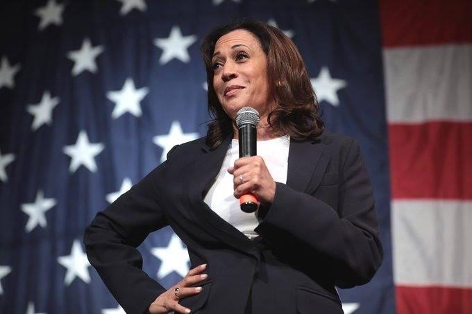 Kamala Harris se convierte en la primera mujer vicepresidenta de los Estados Unidos