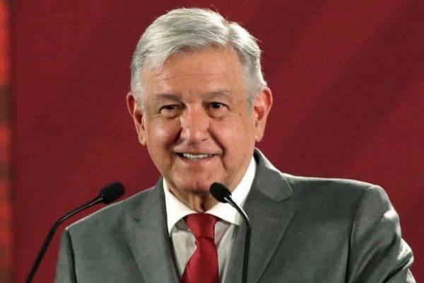 Felicita AMLO a Luis Alberto Arce por su llegada a la presidencia de Bolivia