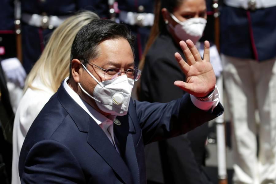 Luis Arce asume presidencia de Bolivia y devuelve el socialismo al poder