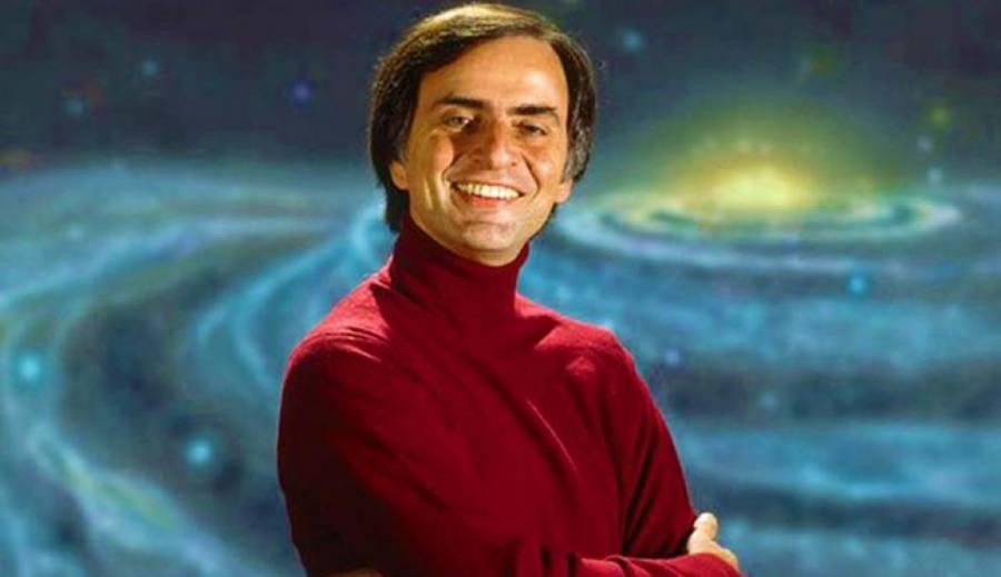 Carl Sagan, el cosmólogo que nos hizo amar el universo