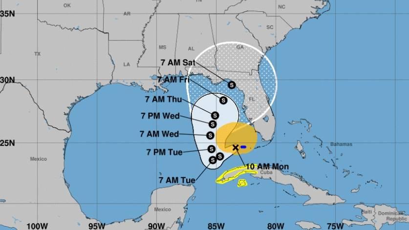 """Eta"" se debilita en el Golfo de México; se dirige a Florida"