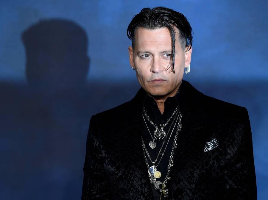 Pese a despido, Warner pagará el sueldo completo a Johnny Depp