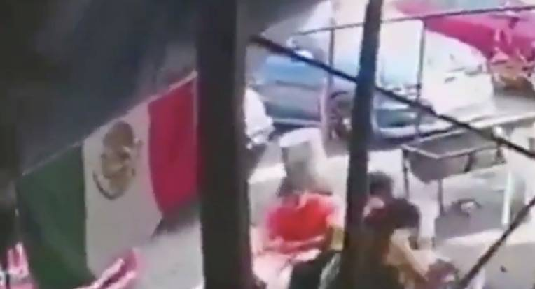 Video: Sujeto armado le dispara a tres comensales en Tlalpan