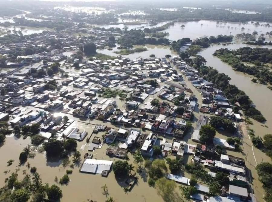 En Tabasco reportan 7 muertos y miles de damnificados