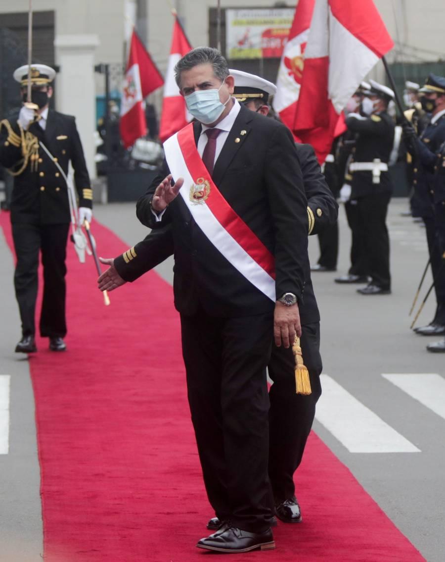 Manuel Merino, presidente  de Perú por 5,000 votos
