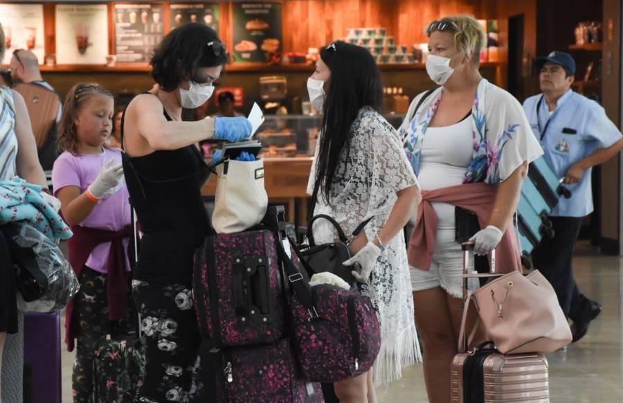 Llegan más turistas en septiembre, y gastan un poco más
