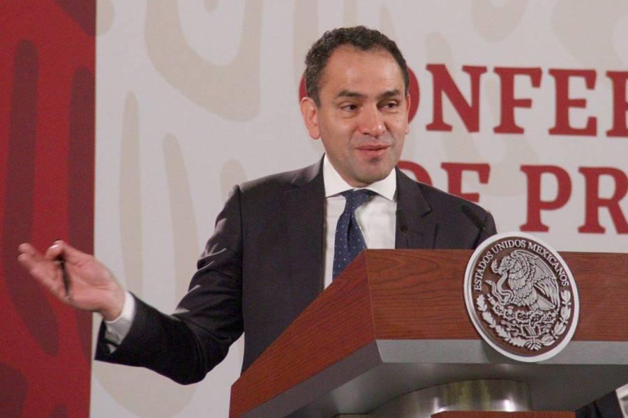 Arturo Herrera desmiente supuesta renuncia a la SHCP