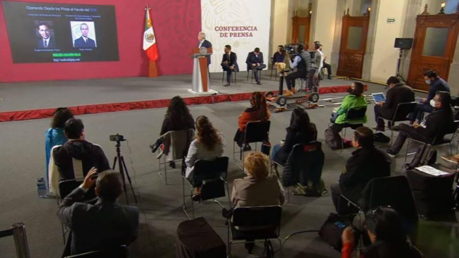 Video: referente al Fraude electoral de 2006, AMLO expone llamada en mañanera