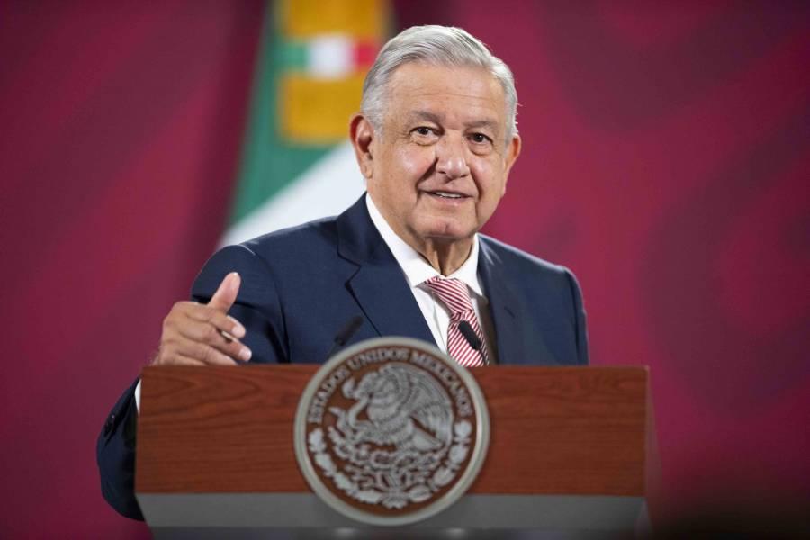 AMLO SEÑALA CORRUPCIÓN DETRÁS DE SÍ POR MÉXICO