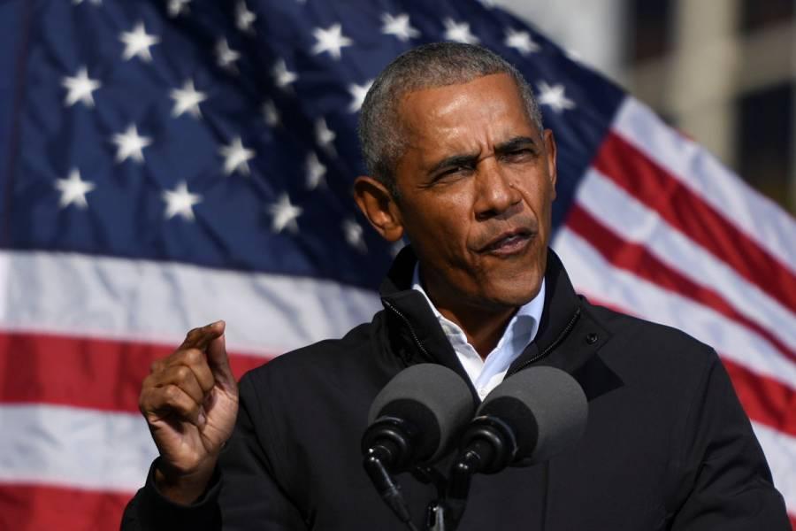 """Barack Obama exhorta a Donald Trump a """"pensar más allá de su ego y poner primero a EEUU"""""""