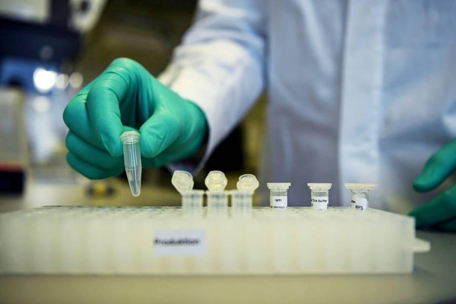 UE celebra efectividad de vacuna Moderna; prepara nuevos acuerdos de suministro