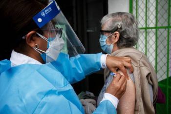 Vacunación contra la influenza tiene un avance del 40% en grupos de riesgo de la CDMX