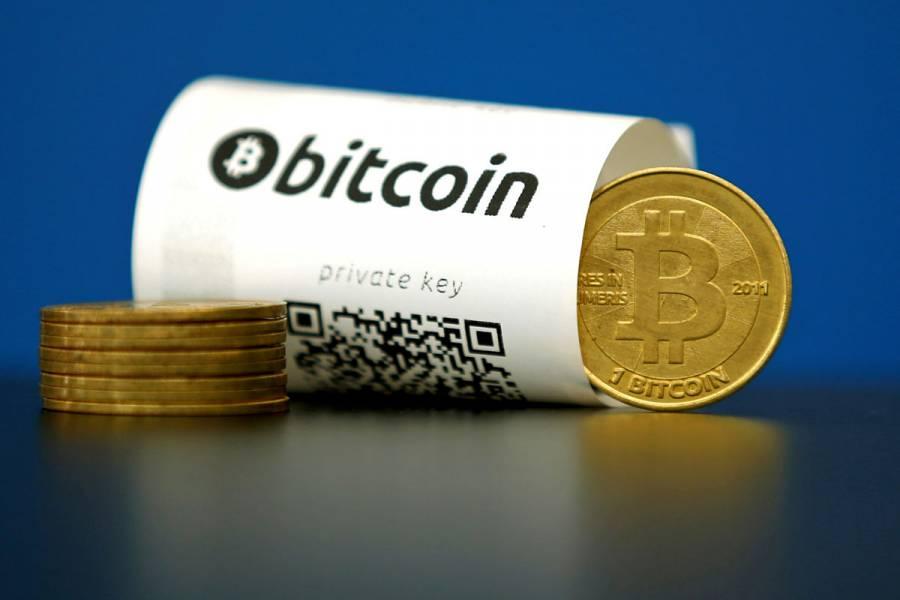 Bitcoin supera los 17 mil dólares; registra su mayor nivel en tres años