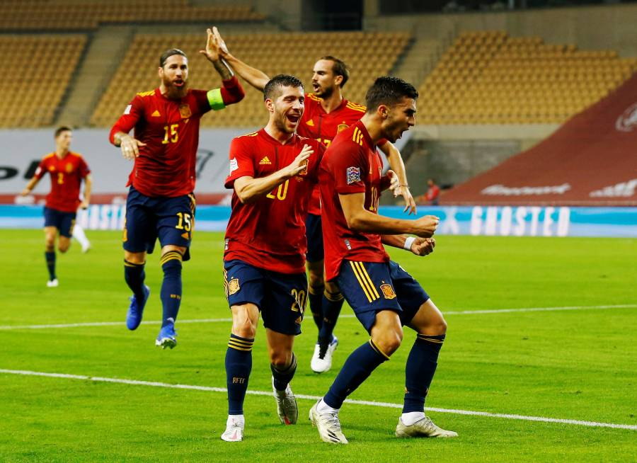 La España de Luis Enrique tritura a Alemania; clasifica a la Final Four