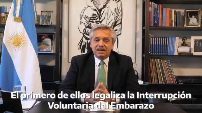 Presidente argentino envía iniciativa al congreso para legalizar el aborto