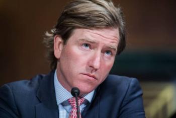 Por negar fraude electoral, Trump despide a director de la Agencia de Ciberseguridad