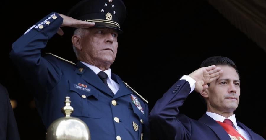 FGR notifica a Cienfuegos investigación en su contra al llegar a México