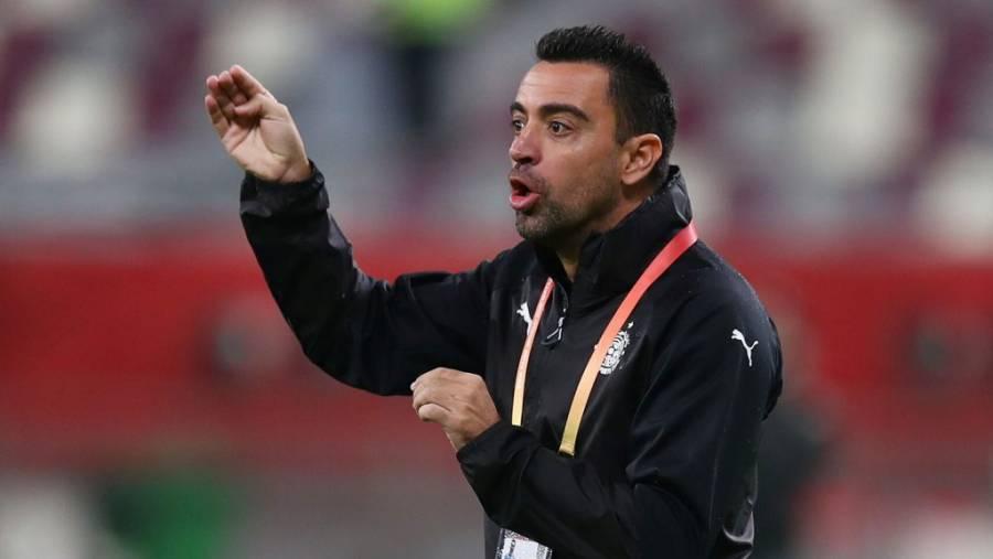 Quieren que Xavi Hernández se convierta en el Alex Ferguson del Barcelona