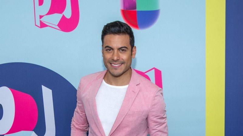 Carlos Rivera no podrá estar en la gala de los Latin Grammy
