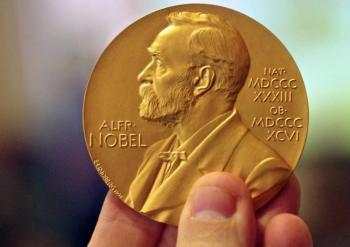 Científicos Nobel llaman a Suecia a reconsiderar medidas COVID-19