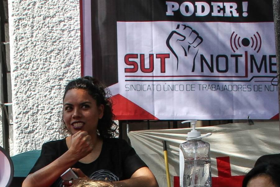 Periodistas vuelven a pedir a AMLO intervenir en Notimex