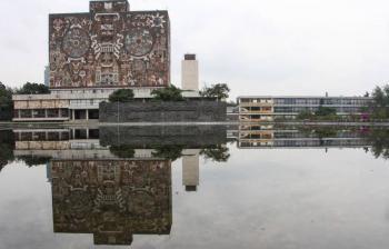 LA UNAM NO APLAUDE AL PODER: ENRIQUE GRAUE