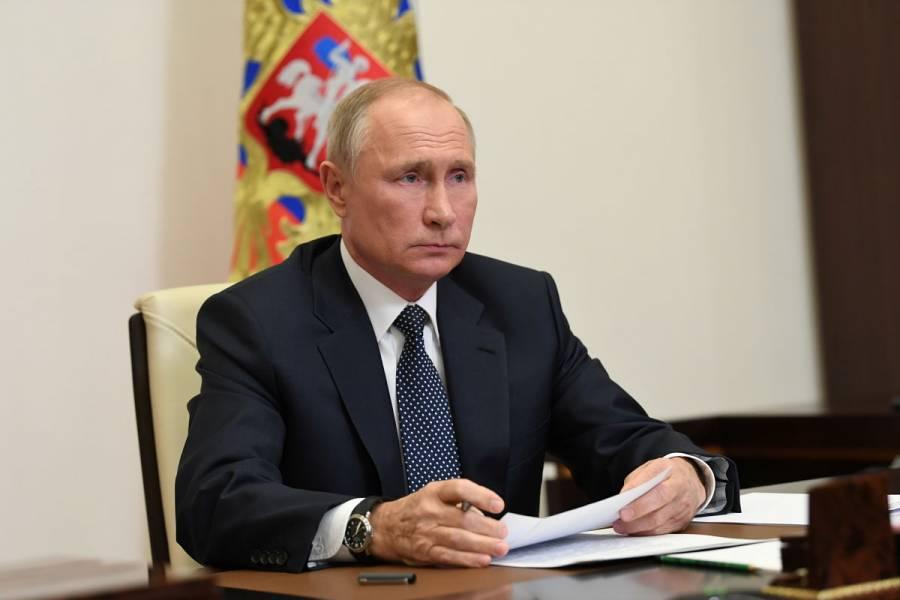 """Vladimir Putin felicitará a Joe Biden hasta anuncio """"legítimo"""" de resultados electorales"""