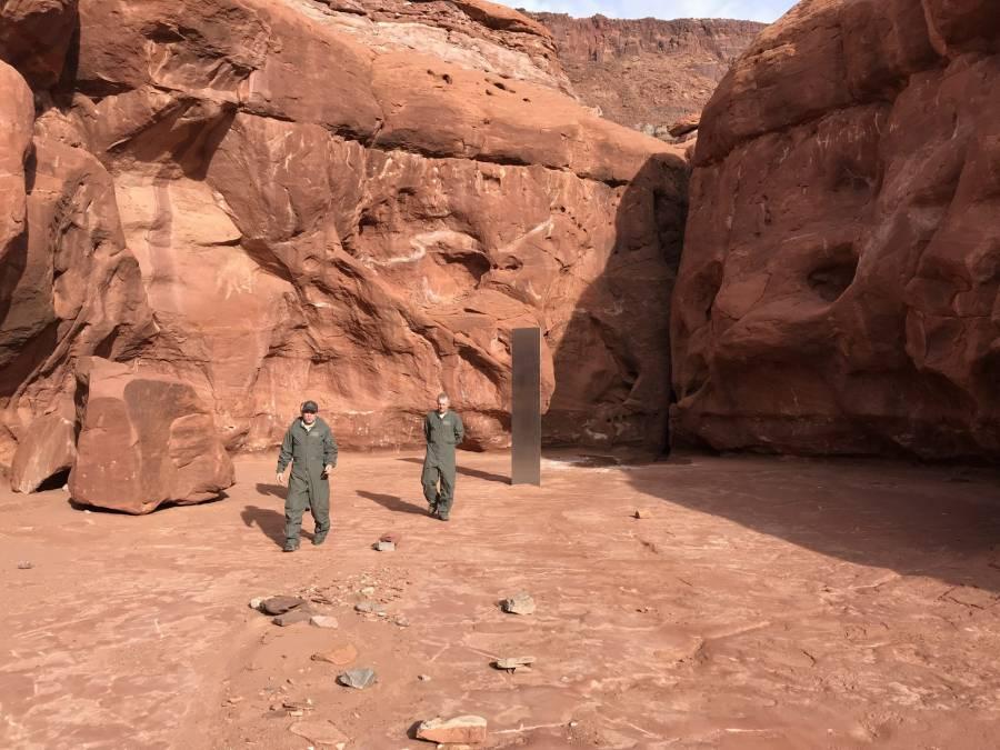 Encuentran misterioso monolito metálico en desierto de Utah, Estados Unidos [Video]
