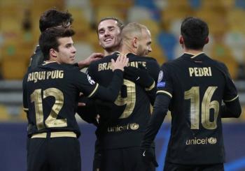 Barcelona golea al Dínamo de Kiev; Juve y PSG triunfan